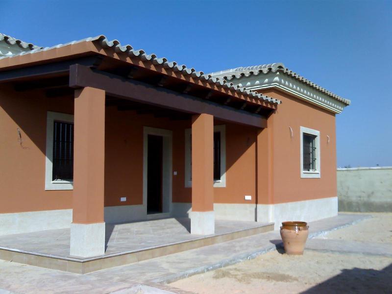 Pin fachadas pintadas ajilbabcom portal on pinterest - Fachadas de casas pintadas ...